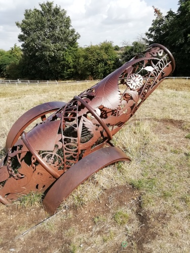 Cannon sculpture