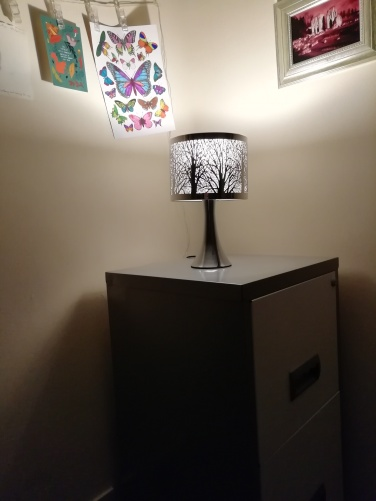 Tree scene touch lamp